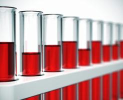 По каким причинам лейкоциты в крови понижены у женщин?